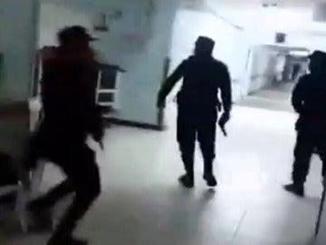 Al menos siete muertos en un ataque de pandilleros a un hospital en Guatemala