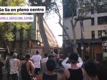 Varios heridos en un atropello con una furgoneta en Las Ramblas en Barcelona