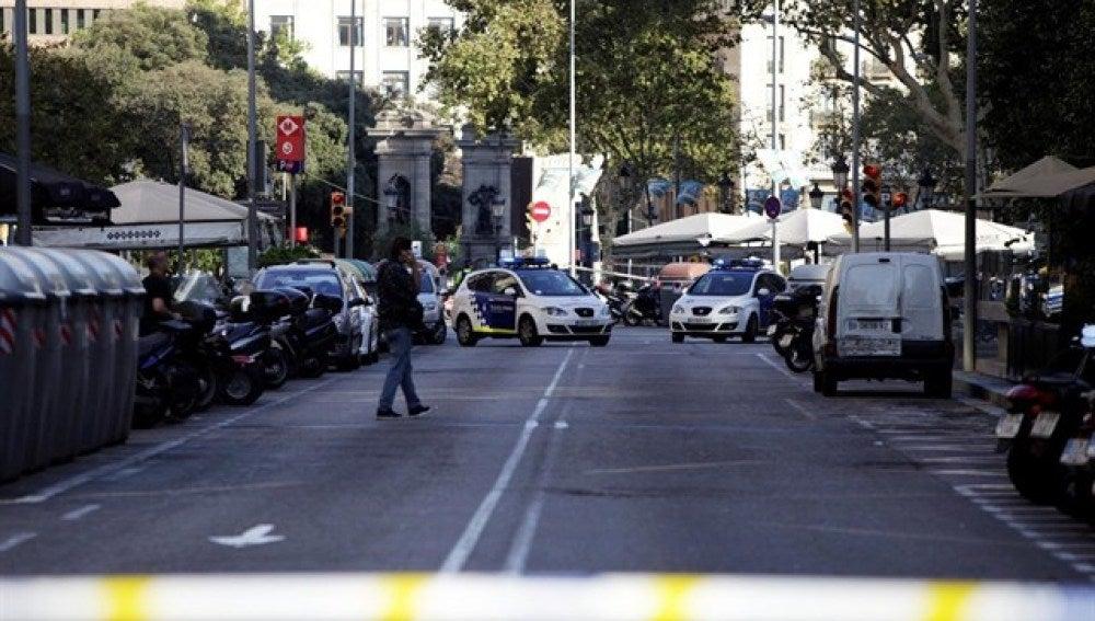 Control policial en Barcelona tras el atentado
