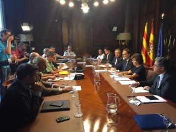 Gabinete de crisis para analizar el impacto de los atentados de Cataluña
