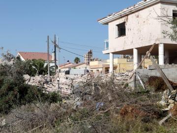 Explosión de gas en una casa de la urbanización Montecarlo de Alcanar