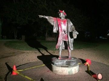 Colón, profanado
