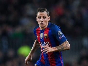 Lucas Digne, durante un partido con el Barcelona