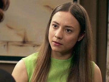 Alba continúa desconfiando de Marta y Rafael