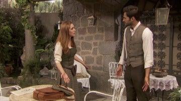 Julieta y Saúl discutiendo por su futuro