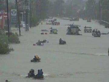 Los servicios de rescate no disponen de efectivos suficientes en Texas