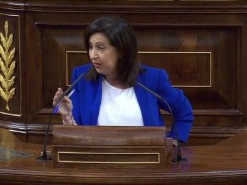 """Margarita Robles, a Rajoy: """"Se envuelve en los grandes problemas que tiene España para no hacer frente a sus omisiones en la lucha contra la corrupción"""""""