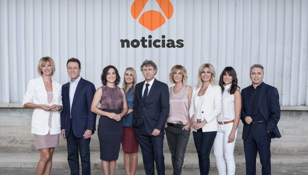 Antena 3 tv antena 3 noticias estrena nueva temporada en for Colaboradores espejo publico hoy