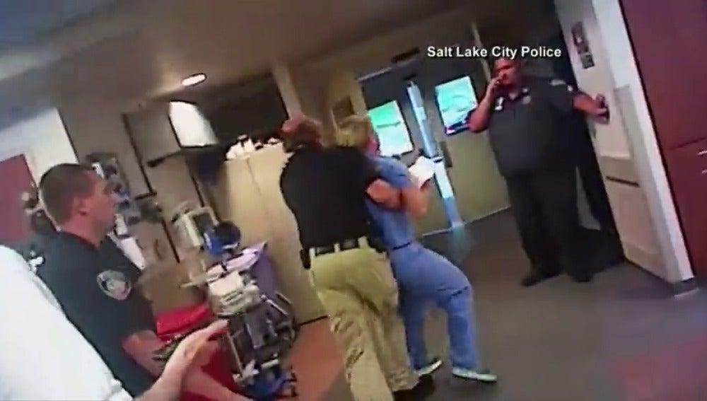 Investigan un nuevo posible caso de abuso policial en Estados Unidos