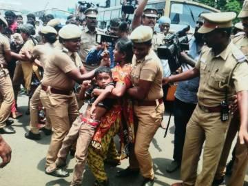 Protestas en la India por el suicidio de la joven