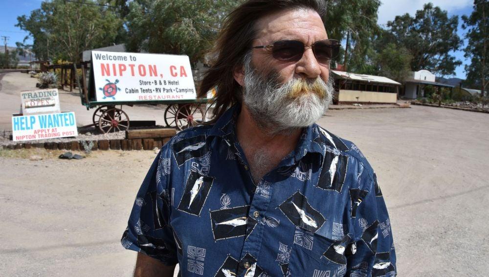 Jim Eslinger, el alcalde de Nipton