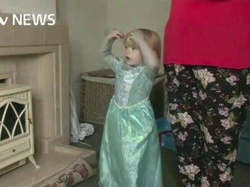 Eurodisney se disculpa por prohibir a un niño ser 'princesa por un día'