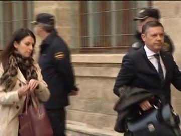 Absuelven a los dos abogados acusados de grabar la declaración de la infanta Cristina en el caso Nóos