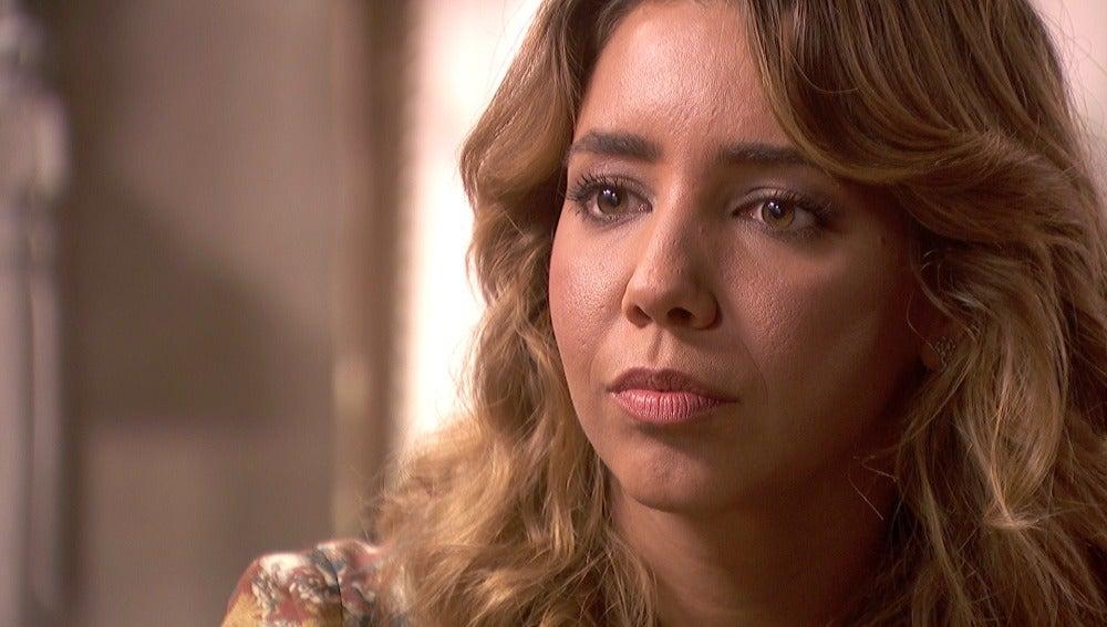 """Emilia previene a Julieta sobre Francisca: """"Es capaz de cualquier cosa"""""""