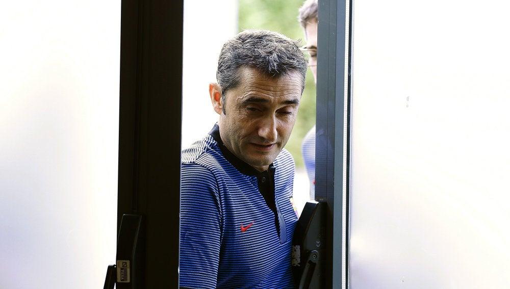 Valverde, a su llegada a la rueda de prensa