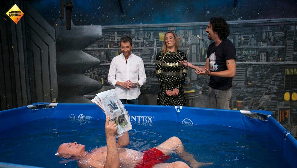 Marron trae a 'El Hormiguero 3.0' el agua flotante, ideal para evitar los ahogamientos en las piscinas