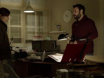 Pablo comienza a investigar los casos de Nacho, Ramón y María