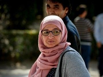 Rhimou Ben Youssef, de 53 años, la madre que autorizó a sus hijos gemelos de 16 años a viajar a Siria para aliarse con el Daesh