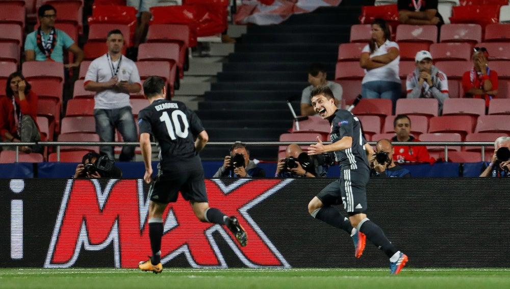 Zhamaletdinov celebra su gol contra el Benfica