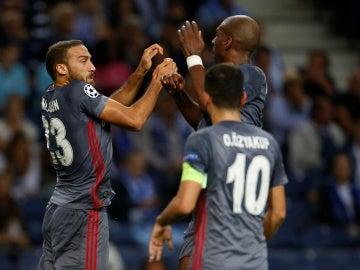 El Besiktas festeja un gol ante el Oporto