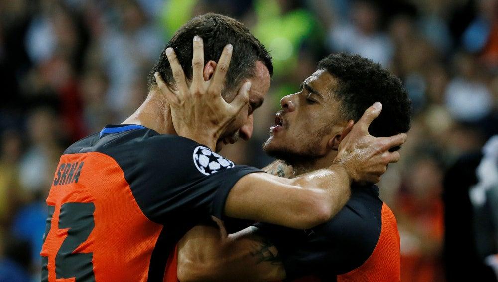 El Shakhtar celebra uno de sus goles ante el Nápoles