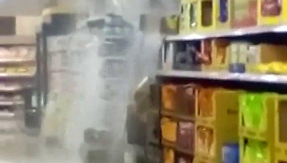 Las fuertes tormentas dejan casi 40 litros por metro en Petrer y más de 30 en Pinoso en menos de una hora