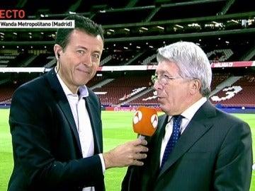 """Enrique Cerezo, en Antena 3 Noticias: """"Habrá sorpresa en el saque de honor del Metropolitano"""""""