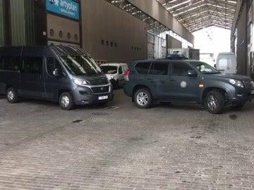 La guardia civil registra tres imprentas