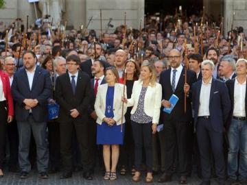 Alcaldes de Barcelona a favor del referéndum