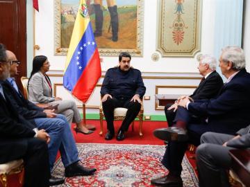 Nicolás Maduro en una reunión