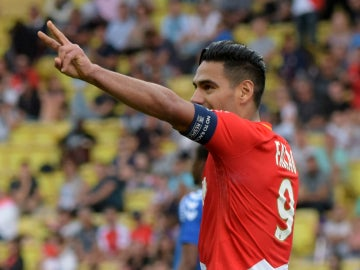 Radamel Falcao celebra un gol