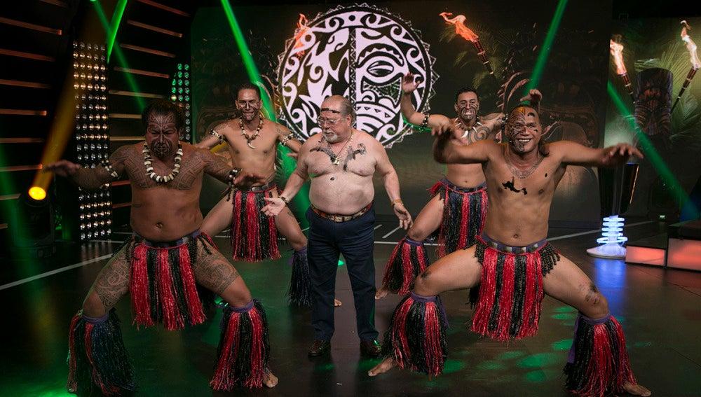 Paco Arévalo se convierte en un auténtico bailarín maorí