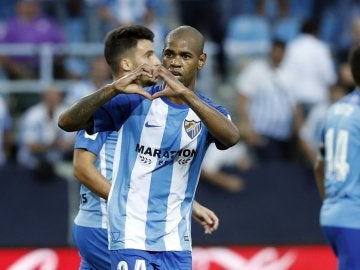 Rolán celebra uno de sus goles contra el Athletic