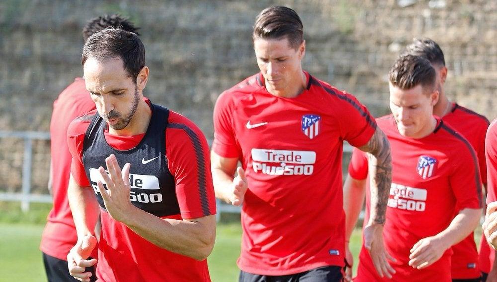 Jugadores del Atlético, en un entrenamiento