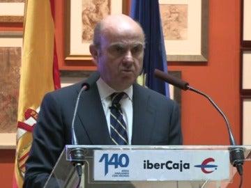 """De Guindos sostiene que la independencia de Cataluña sería """"un suicidio"""" económico y para la convivencia"""