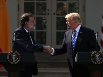 Mariano Rajoy y Donald Trump en rueda de prensa en Washington