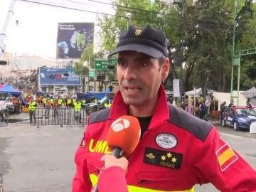 """""""Creemos que podemos rescatar a alguien con vida"""", dice el rescatista español"""