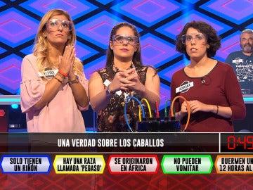 'Las Fridas' decidiendo qué cable cortar