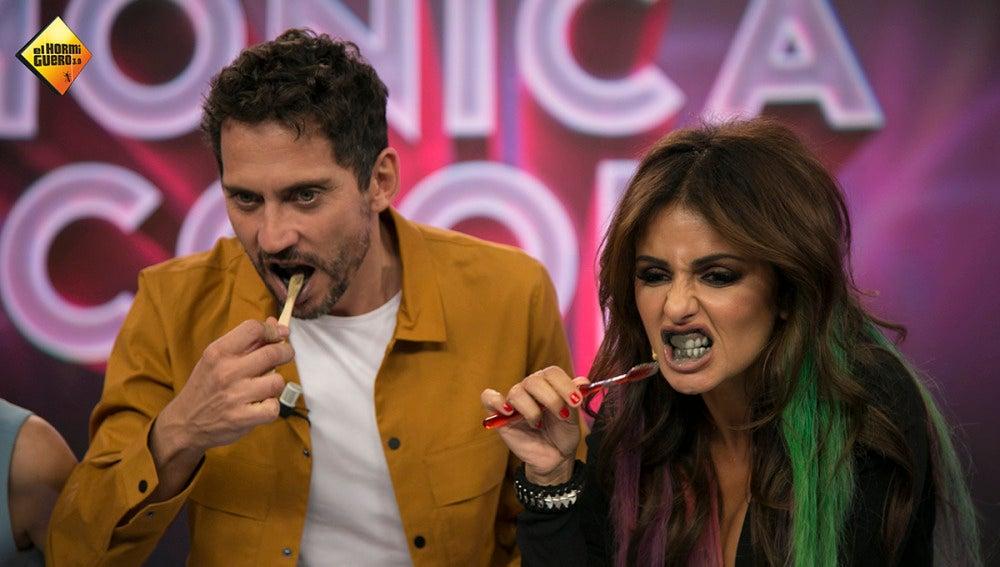 Mónica Cruz te enseña cómo blanquear los dientes en cuestión de segundos