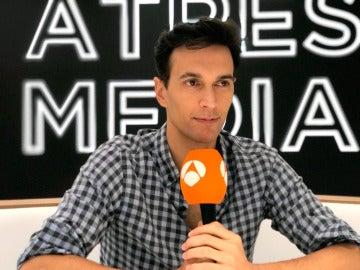Nuria Herrero da una sorpresa en directo a Cristóbal Suárez