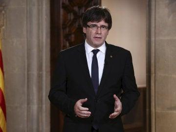 Carles Puigdemont, durante la declaración institucional