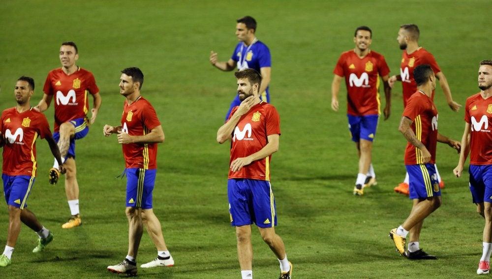 Gerard Piqué, durante el último entrenamiento de la selección española