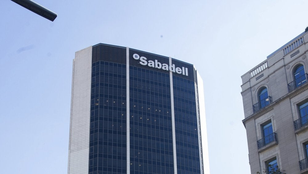 Antena 3 tv el banco sabadell trasladar su sede social for Oficina 7305 banco sabadell