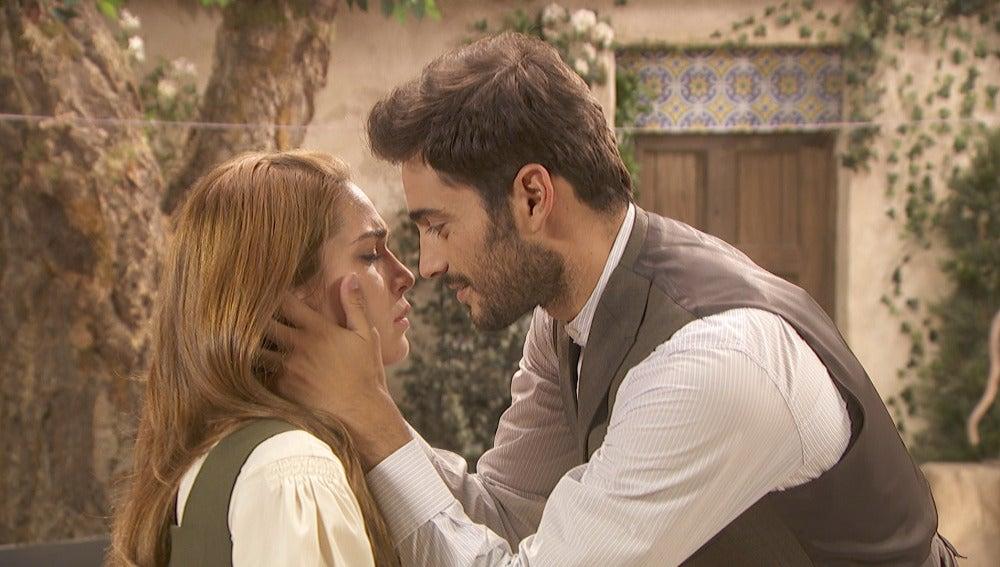 La distancia se interpone entre Julieta y Saúl, ¿se acabó el amor?