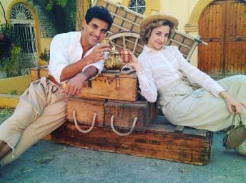 Daniel Lundh y Anna Moliner brindan por el 'Día Mundial de la Sonrisa'