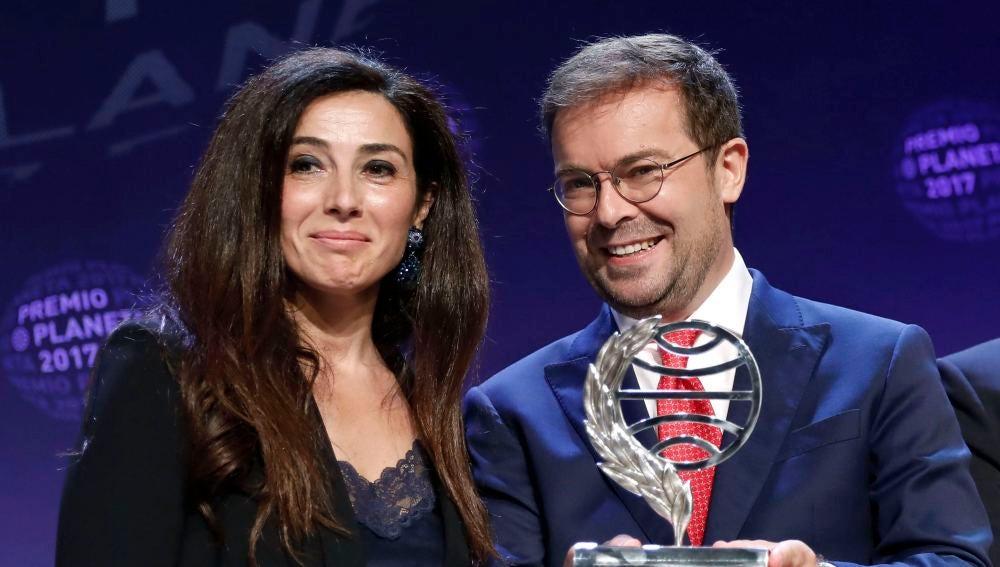 Javier Sierra y Cristina López Barrio, ganador y finalista del Premio Planeta 2017