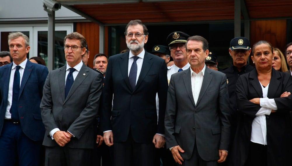 Rajoy preside el minuto de silencio en Vigo por las víctimas de los incendios