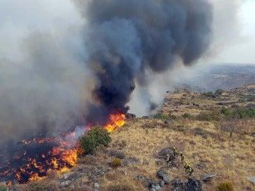 Incendio en Pereña de la Ribera y Villarino de los Aires