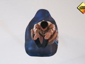 Rubén, el gallego sin miedo, nos enseña cómo volar a través de figuras imposibles