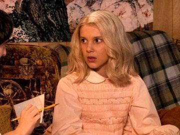 Imagen de 'Stranger Things' con Once disfrazada